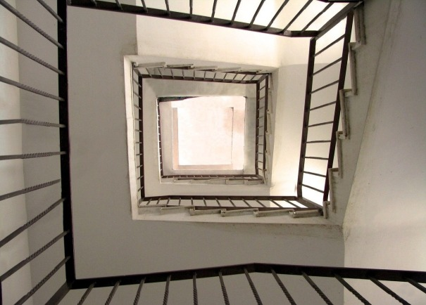 stairs-89026_1280