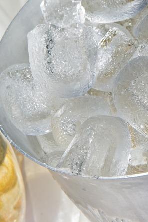 ice-cubes-1500857_1920