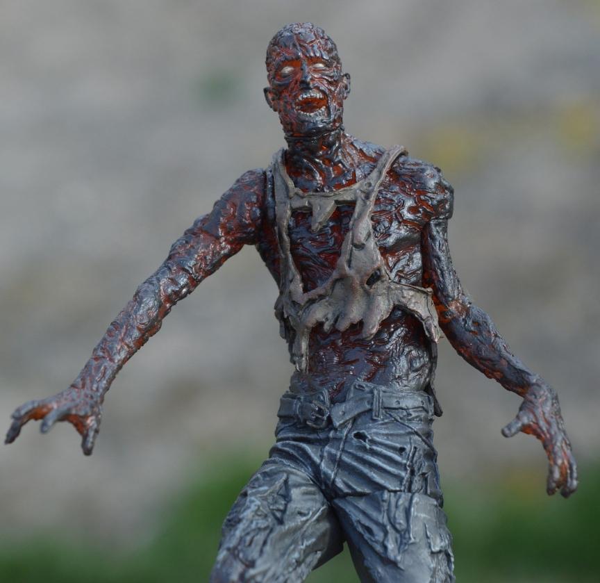 zombie-1399939_1920.jpg